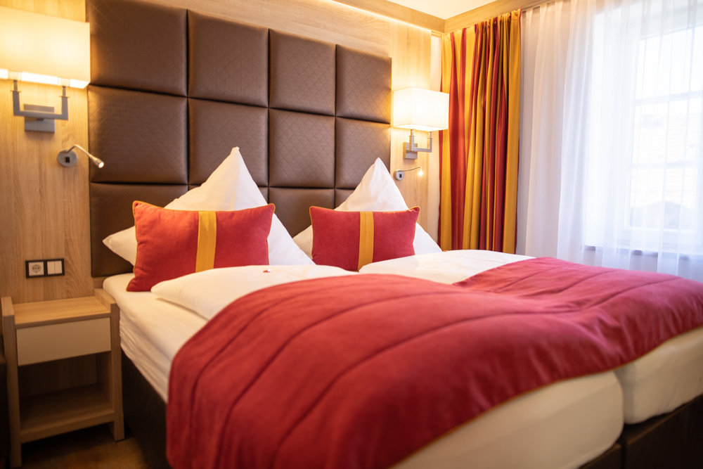 Hotel Ludwigs Deluxe Mehrbettzimmer  Das Hotel Ludwigs Fu  ssen LQ  BEK Service 47